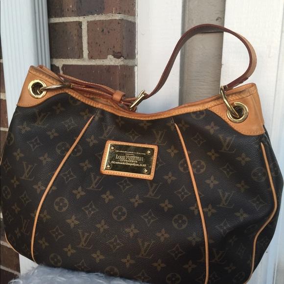 af3eed797c2 Louis Vuitton Galleria hobo Monogram Pm handbag